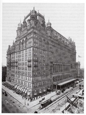 the-old-waldorf-astoria-hotel-may-1900